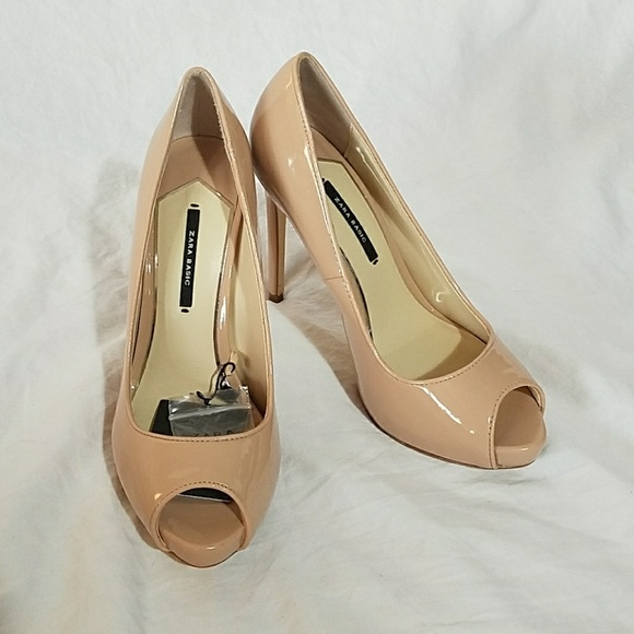 Zara - Zara Nude Heels Sz 6 from Simple treasures's closet on Poshmark