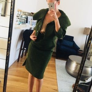 Gorgeous 60s vintage green 2-piece wool suit. Wow!