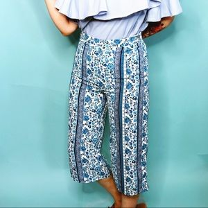 Wide Leg Floral Print Cropped Trousers