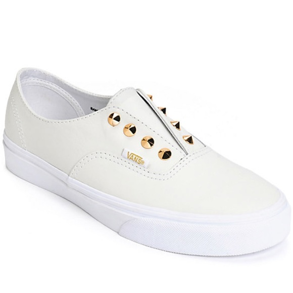 48639522 Rare💕NWT off white leather Vans w/ gold spikes NWT