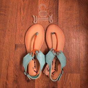 Brand new with tags Seven7 sandals!