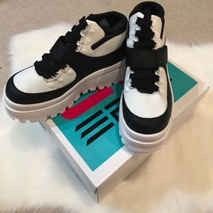 JC Play black and white platform sneakers size 8