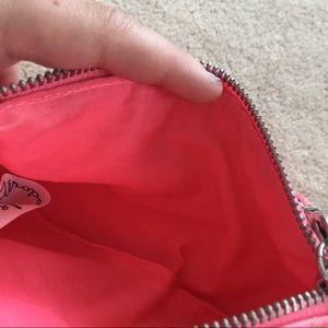 Aeropostale Bags - pink clunch purse!