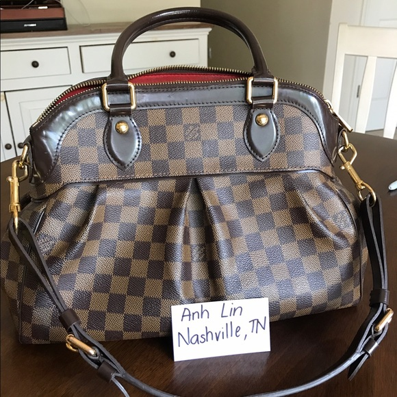 196b169afd98 Louis Vuitton Handbags - Authentic Louis Vuitton Trevi PM