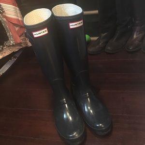 Glossy Navy Tall Hunter Boots