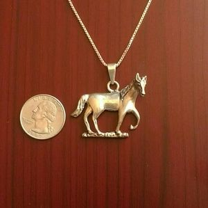Jewelry - Sterling silver horse necklace
