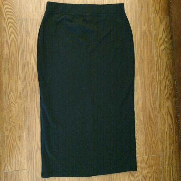 Long Black Knit Skirt 17