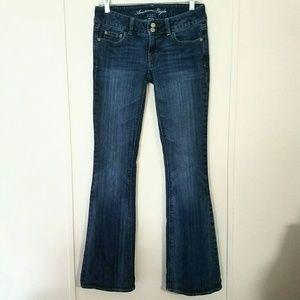 AE Artist Flare Jeans Size 2 Reg