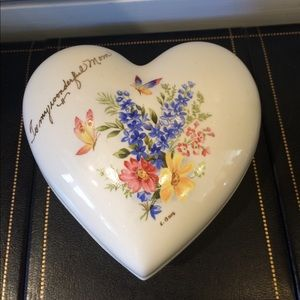 Mother Themed Heart Shaped Trinket Holder