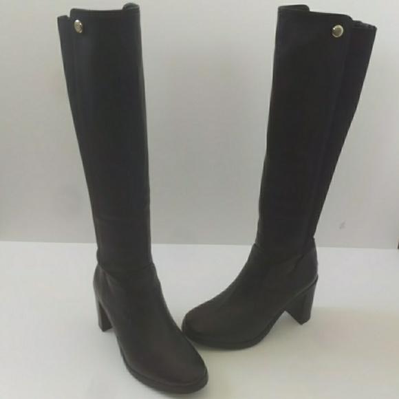 082e28d013a3 Tory Burch Sullivan Leather Boots. M 596688a2f739bc9f8c041a78
