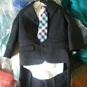 18 month 4 piece suit