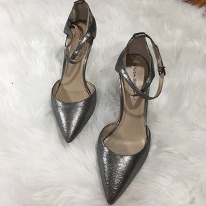 Via Spiga Chrome Dotted  Leather Strappy Pump 8.5