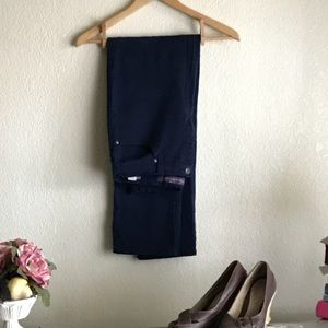 Gloria Vanderbilt dark blue Jeans