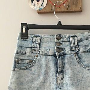 Pants - ⭐️High waisted shorts!