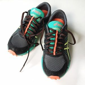 LIKE NEW Asics Gel-Fujiracer 3 trail running shoes