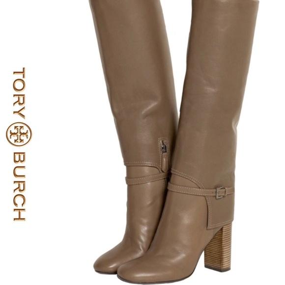 422af3617 Tory Burch Faye Boots. BNWT. 6🌼