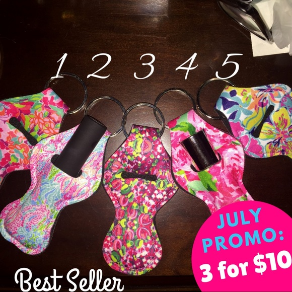 Lilly Pulitzer chapstick holder SALE!! 375739c1e3a4