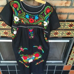 Dresses - FLASH SALE 🔥SWEET MEXICAN EMBROIDERED DRESS