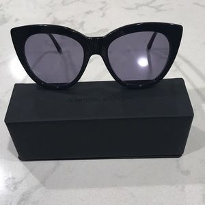 Kendall & Kylie Cat eye Sunglasses w/case & cloth