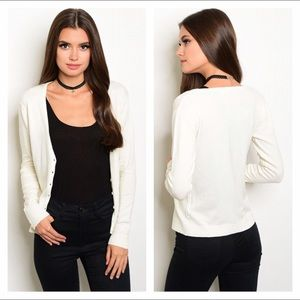 Sweaters - NWT Ivory button up cardigan