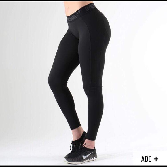 ✨NWT Gymshark black V3 Flex Leggings size small NWT