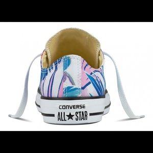 1628b3592480bb Converse Shoes - NIB Converse Tropical Hawaiian Print Sneakers
