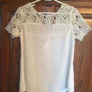 Tops - Boutique new with tag white chiffon/crochet top