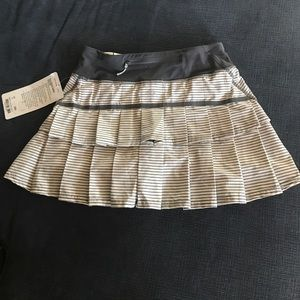 NWT lululemon run pace-setter skirt