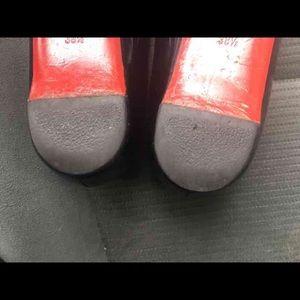 b82c5ae6e54 Christian Louboutin Shoes - (FIRM PRICE!) Christian Louboutin Ballalla flats ❤️