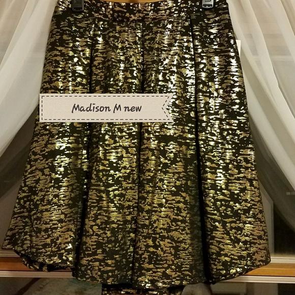 LuLaRoe Dresses & Skirts - LuLaRoe Madison skirt
