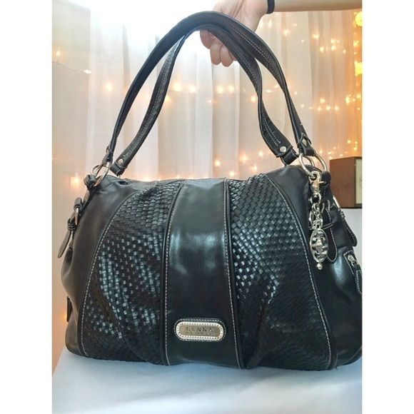 9ef033dea216 genna de rossi Handbags - FINAL DROP Genna De Rossi black shoulder bag