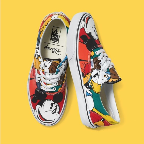 Mickey Mouse vans, Goofy, Donald Duck and Pluto