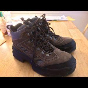 daf375c4420 ITASCA DENALI Hiking Boots for Women.