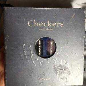 Mini magnetic checker board