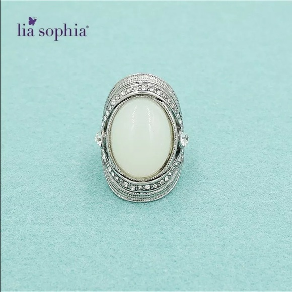 Lia Sophia Rings Silver