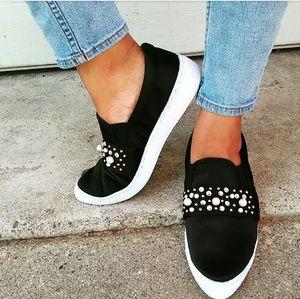//The Melody// Black satin pearl embellish sneaker
