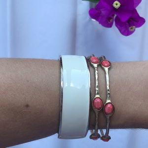 Jewelry - White/gold Clic Clac Bracelet