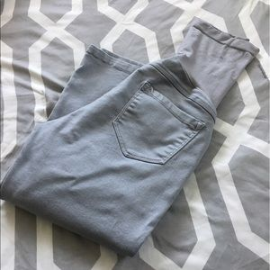 Motherhood Maternity Capri Pants