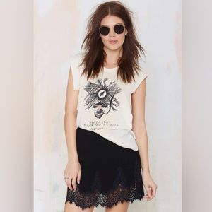 Scalloped Lace Detailed Skirt