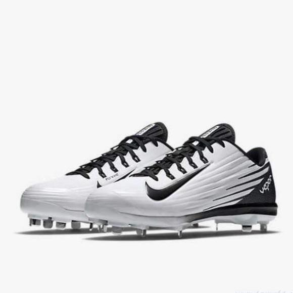separation shoes b29ac 39ef5 Nike Lunar Vapor Pro Men s Metal Baseball Cleats