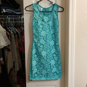 Dresses & Skirts - Sexy little lace dress