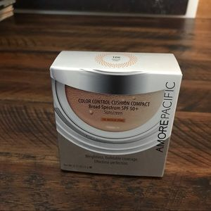 Amore pacific color  control compact