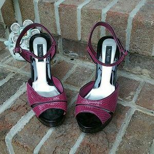 White House Black Market Pink Laci Sandals Heels