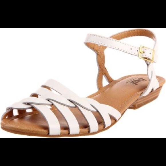 fb1fad921 Bass Shoes - Bass clementine flat sandal