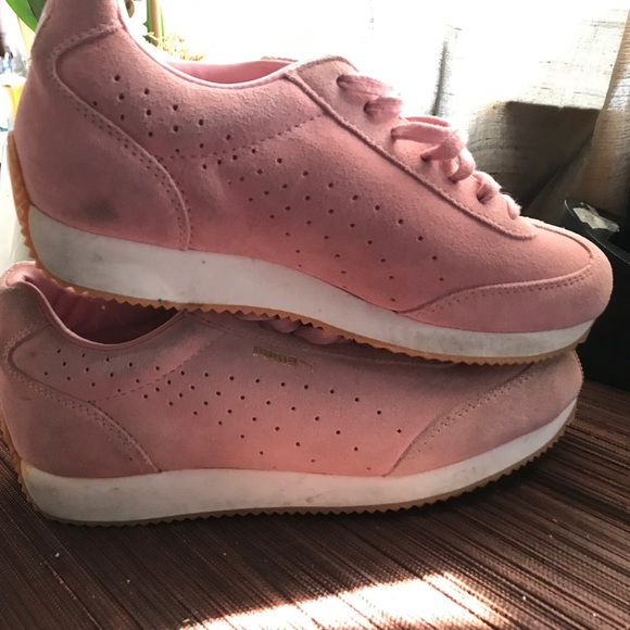 4fa42581cb41 Buy suede pink pumas   OFF60% Discounts