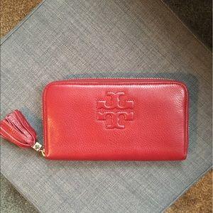 Tory Burch Bags - Tory Burch ziparound wallet