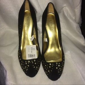 NWT Black with Gold Studs Peep Toe Pumps