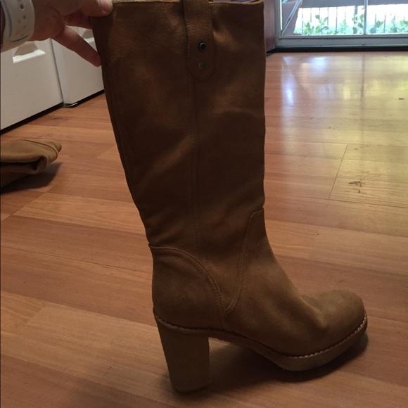 bfcf59b1d5f Suede Ugg Josie boot