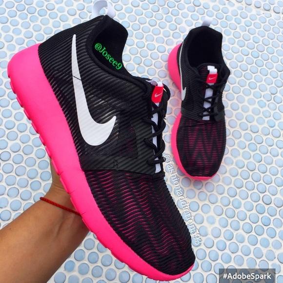 Nike Roshe one flight weight women s black pink 9c46ff900d41