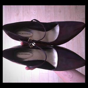 Plum/purple pointy heels, 8